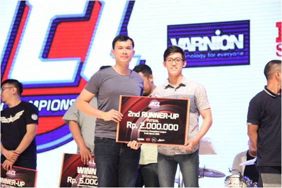 2nd winner with ACL Comitee