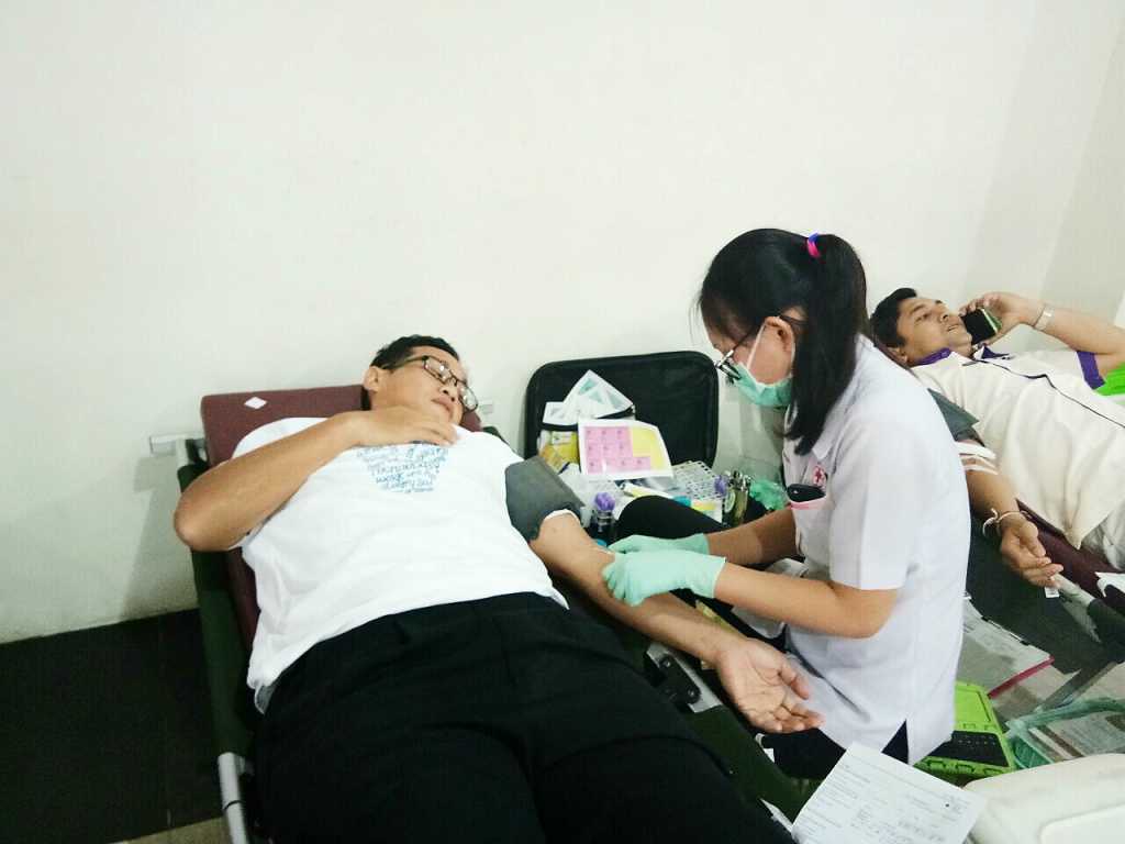 Mr Agus as a volunteer in the blood donation event
